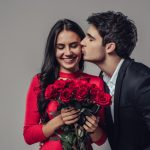 How to Impress Your Girlfriend on Valentine's Day-Complement her beauty and outfit