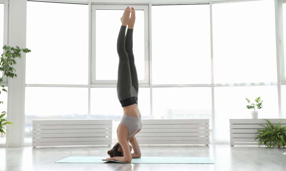 How to do yoga headstand Sirsasana
